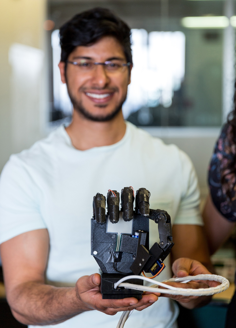 Abdul-Khaaliq Mohamed, Project leader and Biomedical Engineer, 3D Prosthetic Hand
